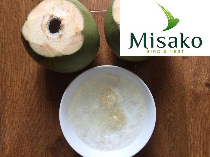 Chuẩn bị nguyên liệu và chế biến món yến chưng nước dừa