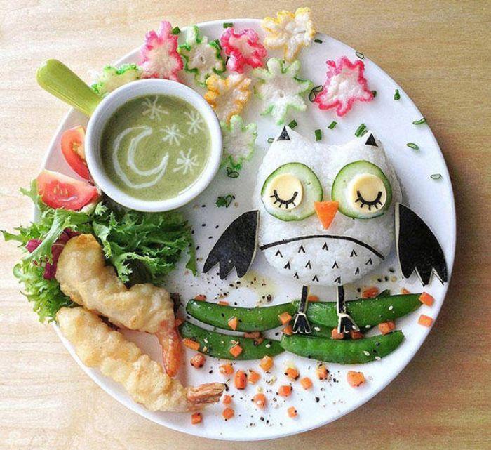 Cách giúp trẻ ăn uống ngon miệng dễ dàng nhất chính là trang trí món ăn bắt mắt và hấp dẫn