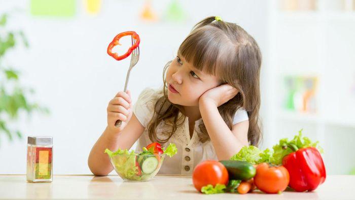 trước khi tiến hành tìm cách tăng khả năng hấp thụ dinh dưỡng cho trẻ em bạn cần phải nắm được những dấu hiệu chứng tỏ trẻ mắc chứng này